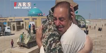 فیلم | اشکهای جانباز دفاع مقدس در سرزمین شلمچه